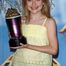 La giovane Dakota Fanning vince il premio come 'Migliore Performance in un Horror' agli MTV Movie Awards 2005