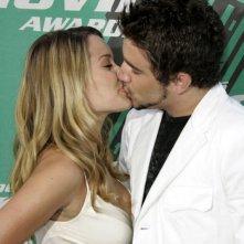 Lauren Conrad bacia il suo ragazzo Jason Whaler gli MTV Movie Awards 2006