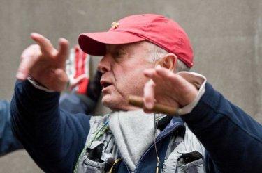 Tony Scott è il regista del film Pelham 1-2-3: Un ostaggio al minuto