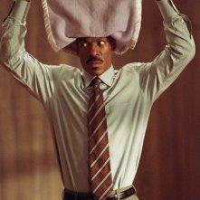 Eddie Murphy in una scena del film Immagina che