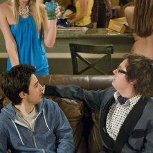 Michele Simms, Josh Zuckerman e Clark Duke in una scena del film Sex Movie in 4D