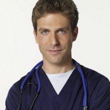 David Hirsch è Ray Stein nella serie TV Hawthorne