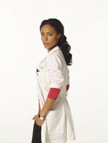 Jada Pinkett Smith in una foto promozionale della serie Hawthorne