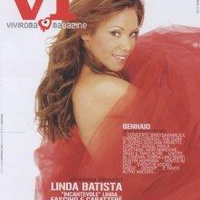 Linda Batista, una 'signora in rosso' sulla cover di Vivi Roma