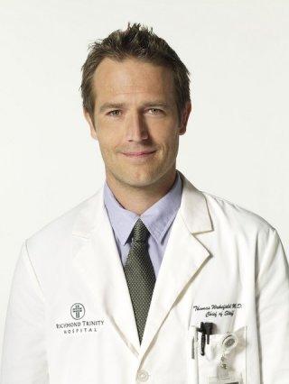 Michael Vartan in una foto promozionale della serie TV Hawthorne