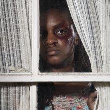 Yaani King in una scena dell'episodio We're Already Here di Saving Grace