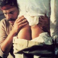 Michele Placido in una scena di Ernesto, il cult gay diretto da Salvatore Samperi nel '78