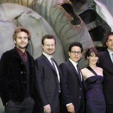 Matt Reeves, Drew Goddard, J.J. Abrams, Michael Stahl-David e Lizzy Caplan alla premiere del film Cloverfield