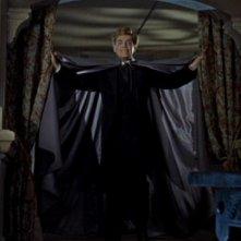 David Peel in una scena del film Le spose di Dracula