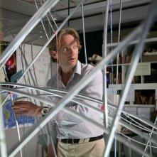 Douglas Henshall è Nick Cutter in una scena della serie Primeval