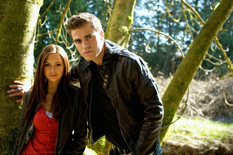 Nina Dobrev E Paul Wesley In Una Foto Promozionale Di The Vampire Diaries 117735
