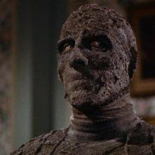 Christopher Lee è Kharis nel film La mummia