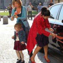 Francesca Faiella e Maria Victoria Di Pace in una scena del film Tutti intorno a Linda
