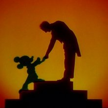 La celebre stretta di mano fra Leopold Stokowski e Topolino nel film Fantasia