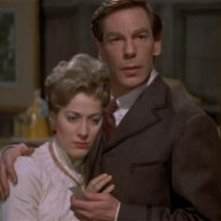 Michael Gough e Melissa Stribling in una sequenza del film Dracula il vampiro