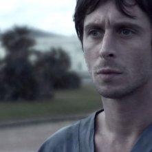 Un primo piano di Fabrizio Veronese, protagonista del film Tre lire - Primo giorno