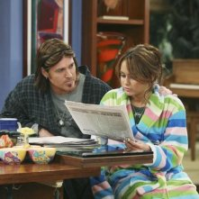 Billy Ray Cyrus e Miley Cyrus in una scena dell'episodio Miley Hurt the Feelings of the Radio Star di Hannah Montana