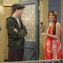 Miley Cyrus e Nate Hartley in un momento dell'episodio Promma Mia di Hannah Montana