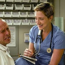 Peter Schulze ed Edie Falco nell'episodio Sweet-N-All di Nurse Jackie