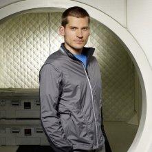 Nikolaj Coster-Waldau in una foto promozionale del film tv Virtuality