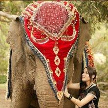 Emily Robins in un momento della serie The Elephant Princess