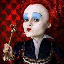 Helena Bonham Carter è la sanguigna Regina di Cuori in Alice in Wonderland, diretto da Tim Burton