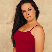 Holly Marie Combs in una foto promo per la 5 stagione della serie Streghe