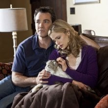 Jon Tenney e Kyra Sedgwick in una scena dell'episodio Blood Money di The Closer