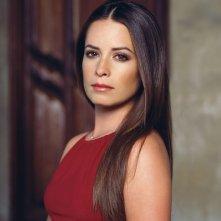 Un primo piano dell'attrice Holly Marie Combs per il telefilm Charmed