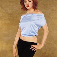 Una delle sorelle Halliwell, è Paige interpretata da Rose McGowan per la 5 stagione della serie Streghe