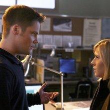 Teddy Dunn e Kristen Bell in una scena dell'episodio 'Allarme bomba' della serie Veronica Mars