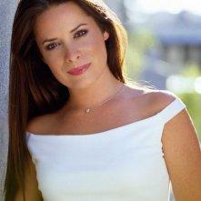 Una bellissima Holly Marie Combs in primo piano per la stagione 6 di 'Streghe'