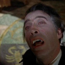 Christopher Lee in una scena dell\'horror Dracula il vampiro