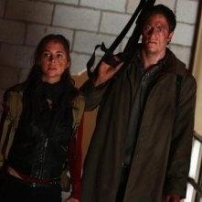 Eliza Dushku e Tahmoh Penikett in una scena dell'episodio Epitaph One di Dollhouse