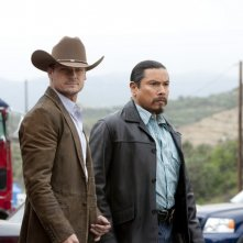 Bailey Chase e Gregory Cruz nell'episodio Watch Siggybaby Burn di Saving Grace