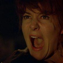 Barbara Ewing in una drammatica scena del film Le amanti di Dracula