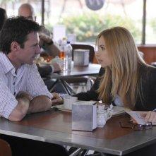 Chris Vance e Jaime Ray Newman in una scena dell'episodio Obsessively Yours di Mental