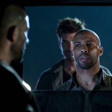 Dylan McDermott e Logan Marshall-Green nel pilot della serie Dark Blue
