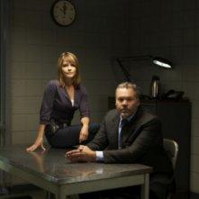 Kathryn Erbe e Vincent D'Onofrio in una immagine promozionale della serie Law & Order: Criminal Intent