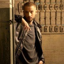 Logan Marshall-Green in una foto promozionale della serie Dark Blue