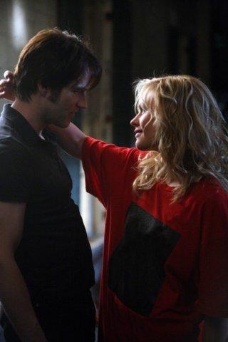 Stephen Moyer e Anna Paquin in un'immagine dell'episodio 'Scratches' di True Blood