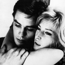 1962: Monica Vitti e Alain Delon in una immagine promozionale de L'eclisse