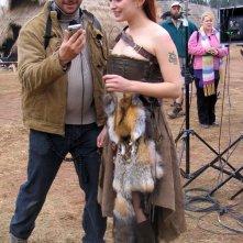 L'attrice Sophia Myles e Pierre Gill sul set del film 'Outlander'