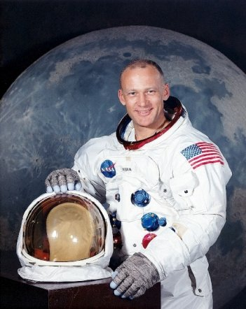 L'astronauta Buzz Aldrin