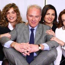 Franco Castellano, Micaela Ramazzotti, Antonio Liskova, Claudia Gerini e Tosca D'Aquino in una foto promozionale de Le segretarie del sesto