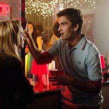 Kristen Bell e Charlie Koznick (Drew) nell'episodio 'L'amico del college' di Veronica Mars