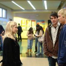 Kristen Bell e Ryan Hansen nell'episodio 'La lista segreta' della seconda stagione di Veronica Mars