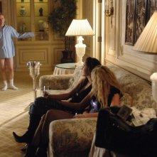 Una scena dell'episodio 'La svolta' di Veronica Mars, con Curtis Andersen (Guy Abruti)
