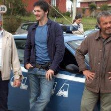 Antonio Catania, Gabriele Mainetti e Claudio Amendola in una scena della serie tv Tutti per Bruno
