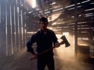 Bill Paxton in una scena del film Frailty
